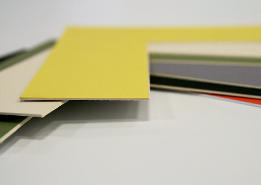 cartolina amarelo